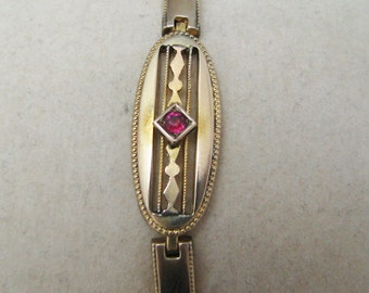 Vintage 8k yellow gold Bracelet with Single Ruby