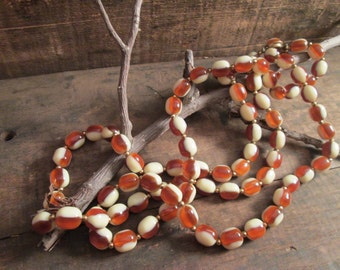 rare vintage rootbeer and cream double strand two toned lucite bead necklace