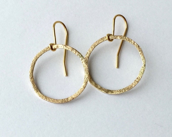 Gold Circle Earrings - 9 Carat Yellow Gold - Hoop Earrings - Textured Gold Geometric Earrings