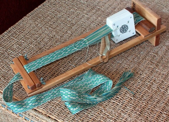 4 Inch Beginners Weaving Loom From Endeavourtoys On Etsy
