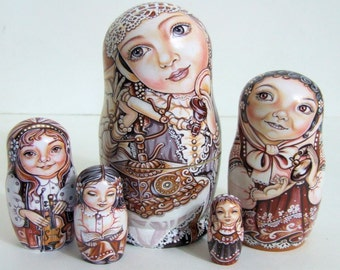 """5pcs Hanpainted One of a KInd Russian Nesting Doll """"Little Girls"""" by Chemeleva"""