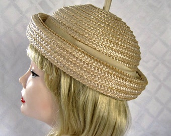 """1950s Hat / 50s Raffia Hat / Raffia Cigar Hat / Voguemont Chicago New York / 21"""""""