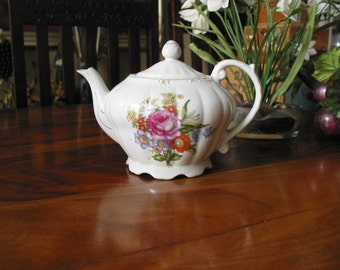 Beautiful Vintage Glazed Ceramic Large Tea Pot With Spray of Flowers