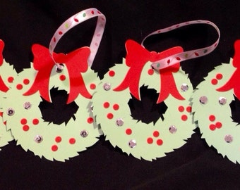 Set of 4 Christmas wreath gift tags, package toppers, ornaments