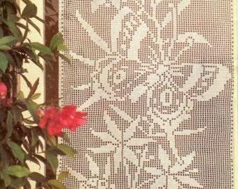 Schema PDF Tende filet a uncinetto ringhiera 2 decorazioni