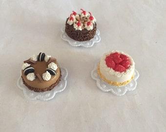 Cake Magnets!!