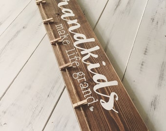 Grandkids Make Life Grand // Grandchildren // Photo Display // Family // Grandparents // Painted Wood Sign