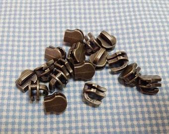 30 Pcs, No.3, YKK Metal Zipper Slider, Zipper Slider, Metal Zipper Head, Zipper Head, Antique Brass