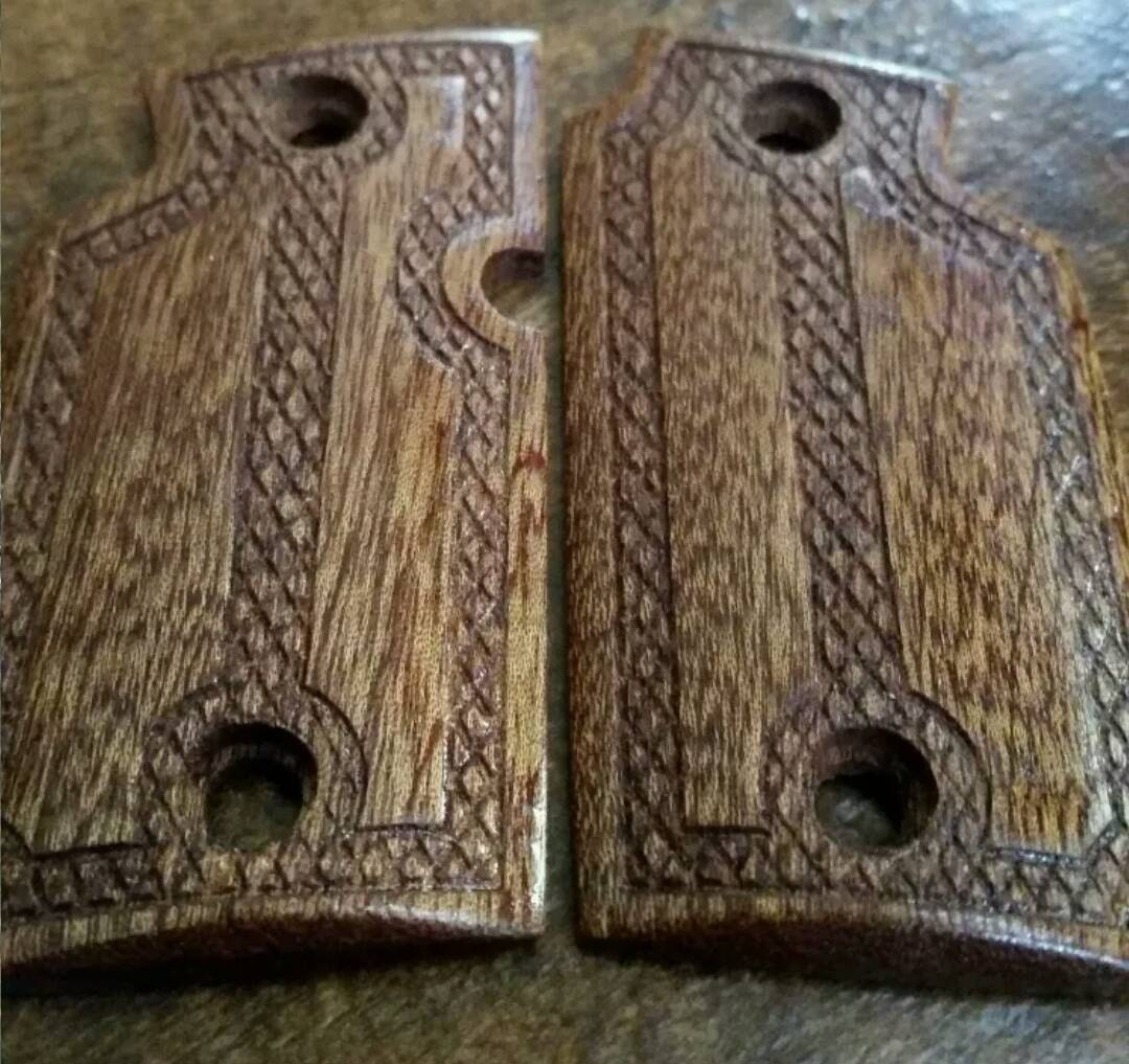 "Mahogany Wood Grips ""The Gentleman"" Will fit Sig Sauer ..."