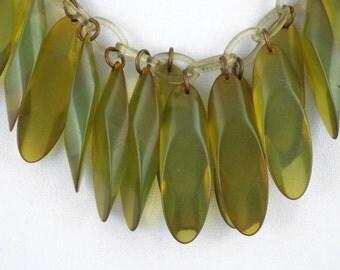 1930s Art Deco / Vintage Apple Green Bakelite & Celluloid Necklace