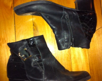 Black leather boots Women size 6.5 US or 7us