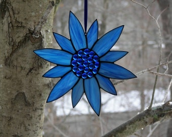 Stained Glass Flower Blue, Stained Glass Suncatcher, Blue flower, Flower Suncatcher, Blue Flower Suncatcher,Stained Glass Sunflower