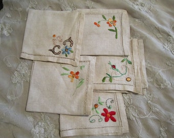 Vintage Embroidered Linen Napkins set of 5