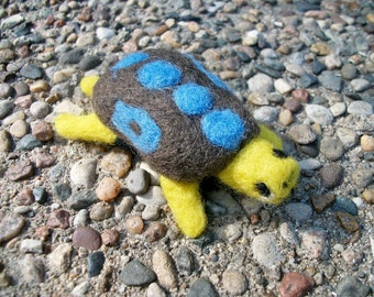Needle Felted Turtle, Handmade Wool Turtle, Toy Turtle,  FeltWithAHeart