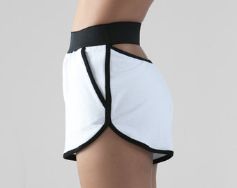 The Arc Shorts - WHITE