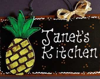 PINEAPPLE Personalized Name KITCHEN SIGN Decor Tropical Hawaiian Wall Plaque