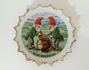 Vintage Irish Souvenir Wall Plate/Dish - Leprechaun - Pot of gold - Gnome - Ireland