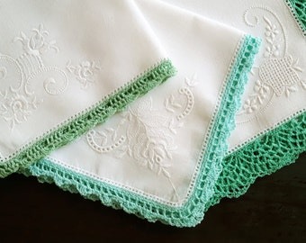 White cotton handkerchief vintage with handmade lace, set of three