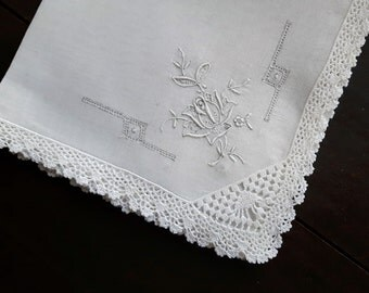 Vintage Swatow Lace Handkerchief with crocheted border
