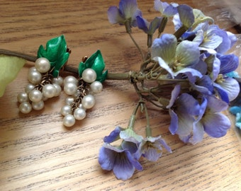 Vintage faux pearl with green enamel leaf and grape pearl cluster clip on earrings