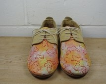 Size UK5 US7.5 EU38:Ladies Handmade Oxford Style shoe.  Textured printed leather and suede upper, hand constructed.
