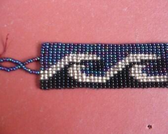 "Hand beaded  ""wave"" bracelet made in Guatemala"