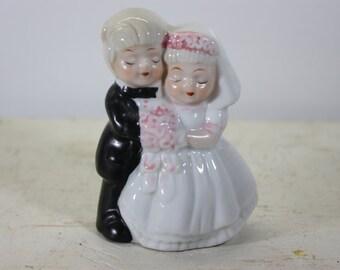 Vintage Porcelain Bride and Groom Wedding Cake Topper, Wedding Accessory, Vintage Wedding Accessory, Bride and Groom Cake Topper, Wedding