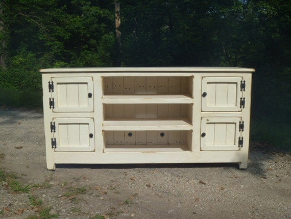 White Painted Distressed Rustic Pallet TV Stand Cabinet