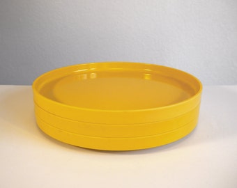 Heller Yellow Stacking Dinner Plates (x3) - Massimo Vignelli Design