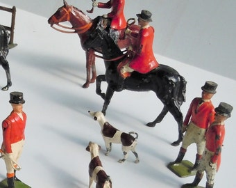 Fox Hunting Scene Figures / Amazing Vintage Toy / Figures Standing and at a Gallop