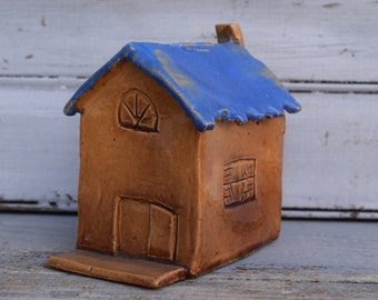 Small Pottery House, House with Vines, 1949 House, House Bank, Little Pottery House, Clay House, Mini Ceramic House, Blue Roof House