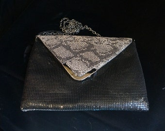 Hollywood Glamour Black Metal Mesh with Beautiful Cream Accent Clutch Purse