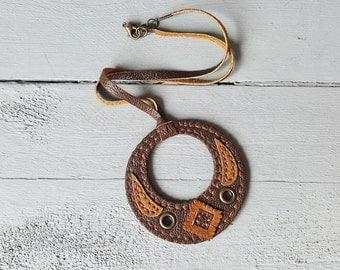Handmade Leather Boho Style Pendant Necklace.