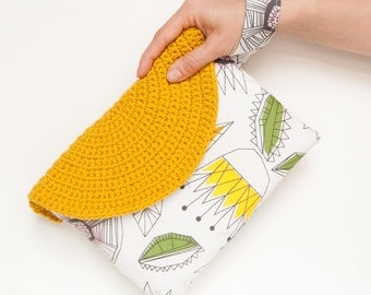 Crasty Flap/ Alfa/ Pouch bag in a geometrical style, handbag with changeable crochet flap