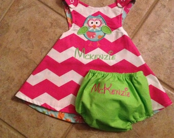 Reverisble baby girl dress with bloomers