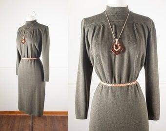 Vintage St John Dress, 70s Dress, 80s Dress, Olive Green Dress, Sweater Dress, Santana Knit Dress, Retro Secretary Dress, Minimalist Fashion