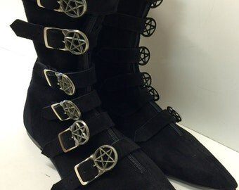 Original Pikes- 6 Pentagram Buckle Boots