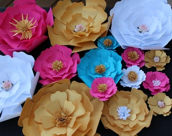 SALE!!! Set of 20 Paper Flowers for Wall Décor, Backdrops, Weddings and Showers decoration
