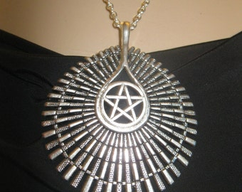 Star Pentagram pendant necklace amulet pagan