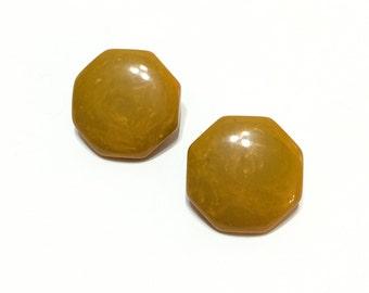 Bakelite Earrings, Octagonal Button Earrings, Marbled Butterscotch Bakelite, Rockabilly Style, Retro Jewelry, 1940s 1950s, Vintage Jewelry