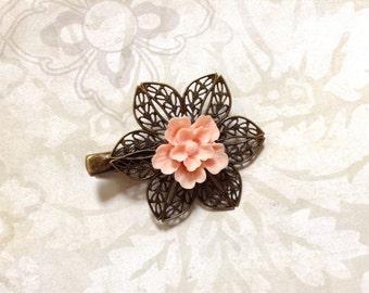 Pinkie Peach Sakura Floral Alligator Clip