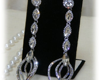 Elegant Vintage After 5 Earrings . . Stainless Steel