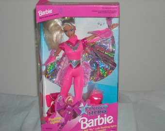 SALE! 17 Flying Hero Barbie Marvel Comics Superhero Of the Year! Flashing Lights, Shimmering Cape,Magical Sounds!Bend & Move Body/NIB/!1995