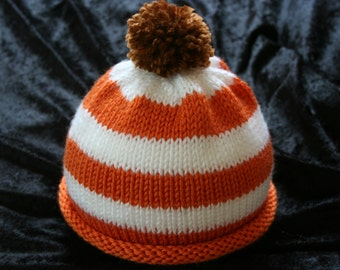 Halloween Pom Pom Hat for Baby or Toddler / Halloween Baby Beanie / Halloween Hat