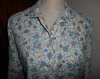 Cute Vintage Retro Blue White Flower Floral Pattern 1970s Shirt Blouse By London Pride UK Size 16 18