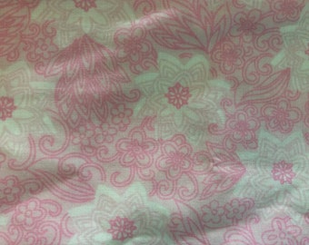 Single Vintage Retro Pink & White 1970s Floral Pillowcase Bedding