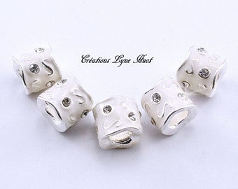 Choose 1, 3 or 5 European style charm beads, white color with rhinestones!