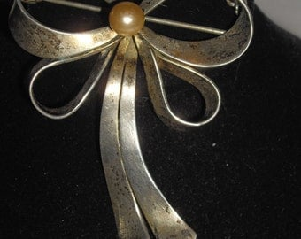 Vintage Sterling 925 Silver Bow & Pearl Brooch 9.4 g