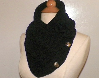 Black Triangle Infinity Scarf Outlander Cowl Oversized Ivory Celtic Highland Chunky  Neckwarmer Winter  Crochet Knit Womens Winter