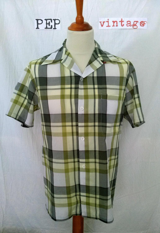 classic pep clothing loop collared shirt medium large